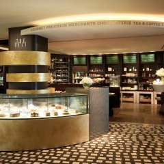 Отель Sheraton Grande Walkerhill гостиничный бар