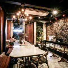Отель L'atelier Poshtel Phuket - Hostel Таиланд, Пхукет - отзывы, цены и фото номеров - забронировать отель L'atelier Poshtel Phuket - Hostel онлайн питание фото 2