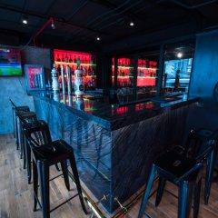 Отель Aspira Grand Regency Sukhumvit 22 Таиланд, Бангкок - отзывы, цены и фото номеров - забронировать отель Aspira Grand Regency Sukhumvit 22 онлайн гостиничный бар