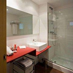 Отель Ciutat Vella Испания, Барселона - отзывы, цены и фото номеров - забронировать отель Ciutat Vella онлайн ванная