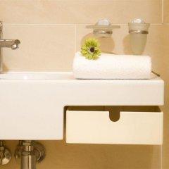 Отель Notting Hill Garden Studios Великобритания, Лондон - отзывы, цены и фото номеров - забронировать отель Notting Hill Garden Studios онлайн ванная фото 2