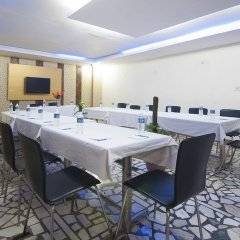 Отель Apra International Индия, Нью-Дели - отзывы, цены и фото номеров - забронировать отель Apra International онлайн помещение для мероприятий фото 2
