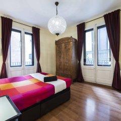 Отель Vidre Home - Plaza Real Испания, Барселона - отзывы, цены и фото номеров - забронировать отель Vidre Home - Plaza Real онлайн комната для гостей фото 4