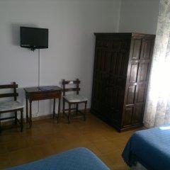 Отель Hostal Las Brujas комната для гостей
