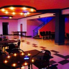 Отель Monte Carlo Ереван развлечения
