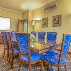 Отель Roda Al Murooj Дубай в номере