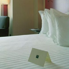Отель Ciudad de Lleida Льейда сейф в номере