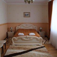 Гостиница Сенатор Украина, Трускавец - отзывы, цены и фото номеров - забронировать гостиницу Сенатор онлайн комната для гостей фото 3