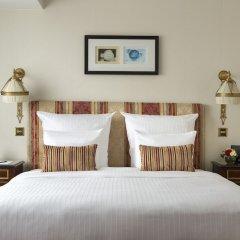 Hotel Barsey by Warwick Брюссель сейф в номере