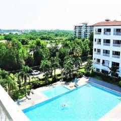 Апартаменты Pool View Apartment Паттайя балкон