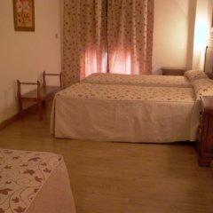 Отель La Higuera Испания, Гуэхар-Сьерра - отзывы, цены и фото номеров - забронировать отель La Higuera онлайн комната для гостей фото 2
