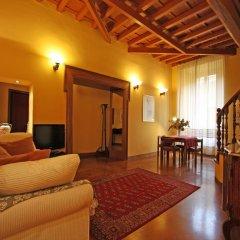 Отель Domus Navona Historical Resort Италия, Рим - отзывы, цены и фото номеров - забронировать отель Domus Navona Historical Resort онлайн комната для гостей фото 3