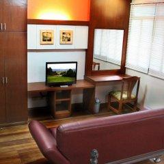 Отель 1775 Adriatico Suites Филиппины, Манила - отзывы, цены и фото номеров - забронировать отель 1775 Adriatico Suites онлайн удобства в номере фото 2