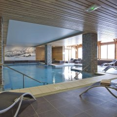 Отель Le Chalet du Mont Vallon Spa Resort бассейн фото 3