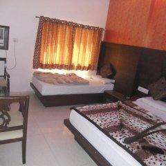 Отель Amax Inn Индия, Нью-Дели - отзывы, цены и фото номеров - забронировать отель Amax Inn онлайн комната для гостей
