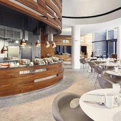 Отель DoubleTree by Hilton Hotel Wroclaw Польша, Вроцлав - отзывы, цены и фото номеров - забронировать отель DoubleTree by Hilton Hotel Wroclaw онлайн питание