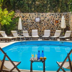Отель Balsamico Traditional Suites Греция, Херсониссос - отзывы, цены и фото номеров - забронировать отель Balsamico Traditional Suites онлайн бассейн