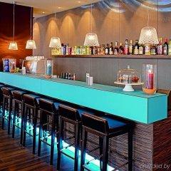 Отель Motel One Salzburg-Mirabell Зальцбург гостиничный бар