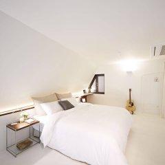 Snow hotel комната для гостей