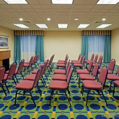 Holiday Inn Express Hotel & Suites Reading