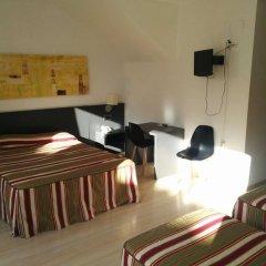 Отель Marina Испания, Курорт Росес - отзывы, цены и фото номеров - забронировать отель Marina онлайн удобства в номере