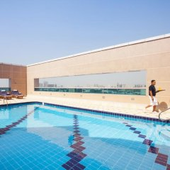 Отель Mövenpick Hotel Bur Dubai ОАЭ, Дубай - отзывы, цены и фото номеров - забронировать отель Mövenpick Hotel Bur Dubai онлайн детские мероприятия