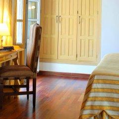 Las Casas De La Juderia Hotel удобства в номере