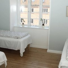 Отель Valmuevej Apartment Дания, Копенгаген - отзывы, цены и фото номеров - забронировать отель Valmuevej Apartment онлайн комната для гостей фото 2