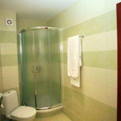 Отель Obzor City Hotel Болгария, Аврен - отзывы, цены и фото номеров - забронировать отель Obzor City Hotel онлайн ванная