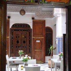 Отель Riad Adarissa Марокко, Фес - отзывы, цены и фото номеров - забронировать отель Riad Adarissa онлайн питание фото 3