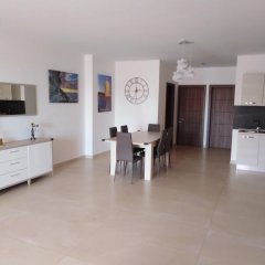 Отель With 2 Bedrooms in Għajnsielem, With Wonderful sea View, Furnished Terrace and Wifi Мальта, Айнсилем - отзывы, цены и фото номеров - забронировать отель With 2 Bedrooms in Għajnsielem, With Wonderful sea View, Furnished Terrace and Wifi онлайн комната для гостей фото 4