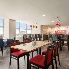Отель Ramada by Wyndham East Kilbride гостиничный бар