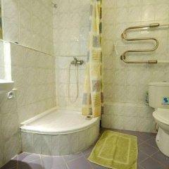 Отель Guest House Drusva Литва, Друскининкай - 1 отзыв об отеле, цены и фото номеров - забронировать отель Guest House Drusva онлайн ванная