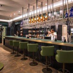 Отель Vincci The Mint Испания, Мадрид - отзывы, цены и фото номеров - забронировать отель Vincci The Mint онлайн гостиничный бар