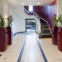 Отель Holiday Inn Birmingham Airport бассейн