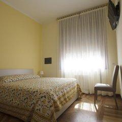 Отель Italy Inn Генуя комната для гостей фото 5