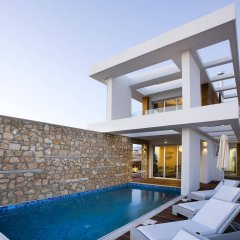 Отель Paradise Cove Luxurious Beach Villas Кипр, Пафос - отзывы, цены и фото номеров - забронировать отель Paradise Cove Luxurious Beach Villas онлайн бассейн фото 2