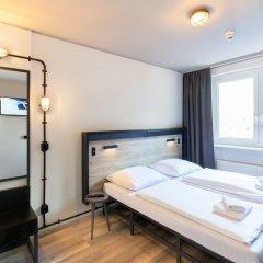 Отель a&o Frankfurt Ostend Германия, Франкфурт-на-Майне - отзывы, цены и фото номеров - забронировать отель a&o Frankfurt Ostend онлайн комната для гостей