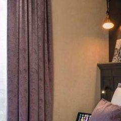 Отель Best Western Premier Ducs De Bourgogne сейф в номере