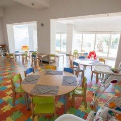 Отель Baia Chia - Chia Laguna Resort Италия, Домус-де-Мария - отзывы, цены и фото номеров - забронировать отель Baia Chia - Chia Laguna Resort онлайн детские мероприятия