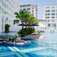 Mövenpick Myth Hotel Patong Phuket бассейн