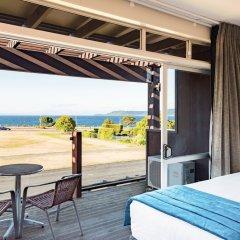 Suncourt Hotel & Conference Centre пляж