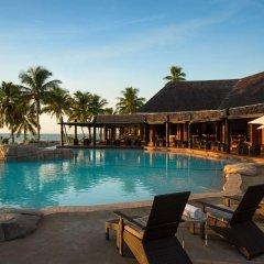 DoubleTree Resort by Hilton Hotel Fiji - Sonaisali Island бассейн фото 3