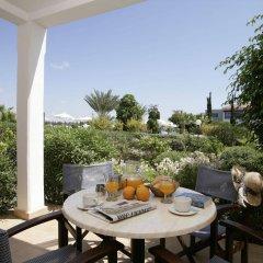 Отель Avanti Holiday Village Кипр, Пафос - отзывы, цены и фото номеров - забронировать отель Avanti Holiday Village онлайн балкон