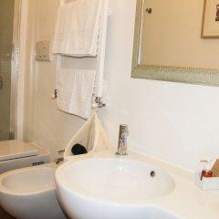 Отель Relais Casa Della Fornarina Италия, Рим - отзывы, цены и фото номеров - забронировать отель Relais Casa Della Fornarina онлайн ванная фото 3