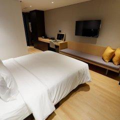 Hotel Newv сейф в номере