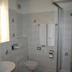 Отель Landhotel Groß Schneer Hof ванная фото 2