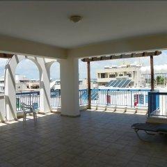 Отель Sea 'n Lake View Hotel Apartments Кипр, Ларнака - 1 отзыв об отеле, цены и фото номеров - забронировать отель Sea 'n Lake View Hotel Apartments онлайн балкон