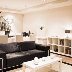 Апартаменты Up Suites Bcn комната для гостей