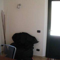 Отель Casa Casoni Озимо сейф в номере